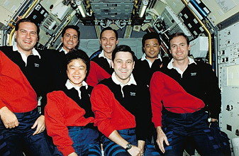 traditionelles Bordfoto STS-65