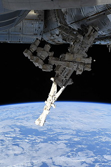 Canadarm2 with Dextre